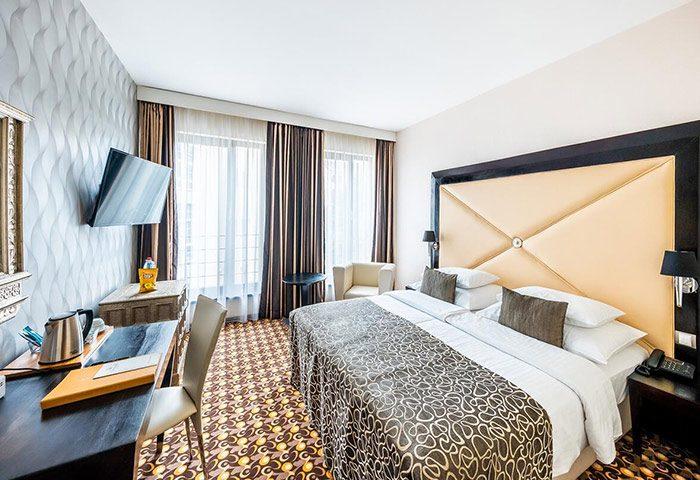 Cheap-Luxury-Gay-Hotel-Prague-Old-Town-with-Gym-Grandior-Hotel-Prague