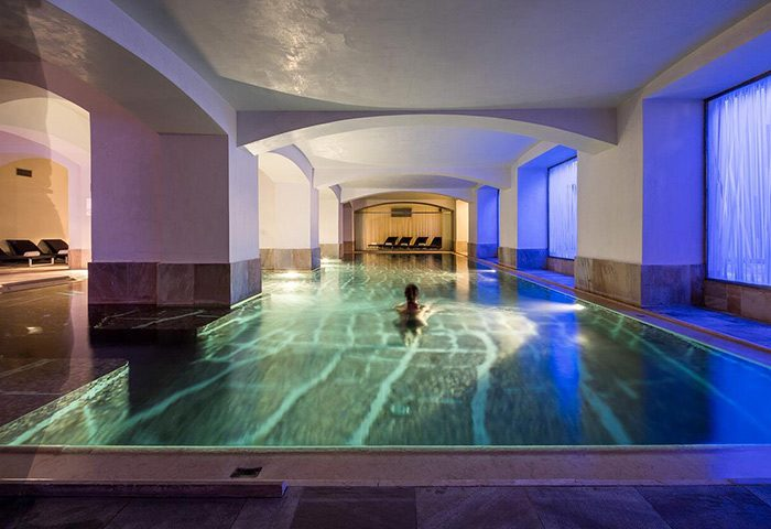 Cheap-Luxury-Gay-Hotel-Prague-Old-Town-with-Swimming-Pool-NH-Collection-Carlo-IV