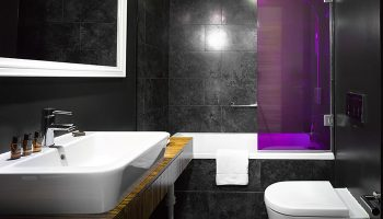 Cheap-Luxury-Gay-Hotels-in-Prague-Old-Town-The-Icon-Hotel-and-Lounge