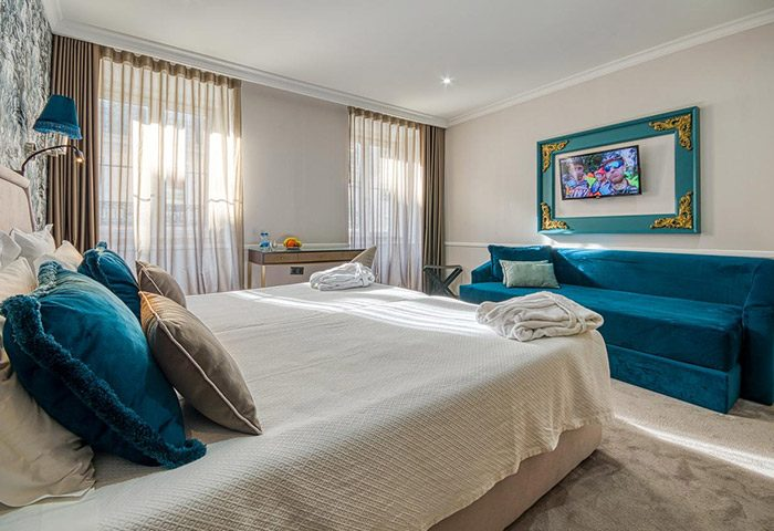 Cheap-Price-Gay-Hotel-Lisbon-Gay-Borhood-Hotel-Borges-Chiado