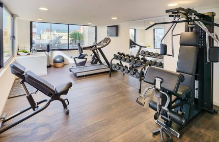 Cheap-Price-Gay-Hotel-in-Eixample-Barcelona-with-Gym-H10-Art-Gallery-Hotel