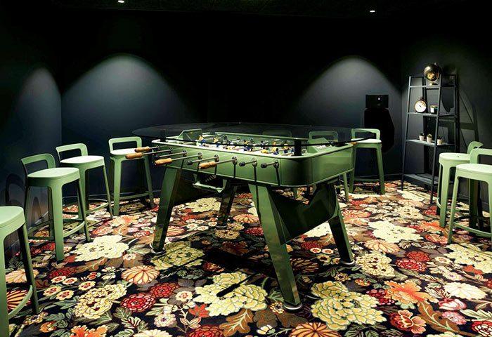 Chic-Fun-Design-Hotel-Paris-Near-Gay-Bars-and-Gay-Saunas-Mercure-Paris-Centre-Tour-Eiffel