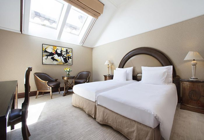 Chic-Stylish-Design-Gay-Hotel-Old-Town-Prague-NH-Collection-Carlo-IV