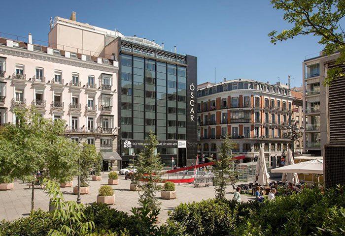 Coolest-Design-Gay-Boutique-Hotel-Madrid-Gayborhood-Chueca-Room-Mate-Oscar