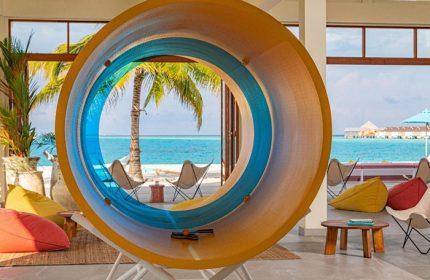 Coolest-Gay-Hotels-in-Maldives-Update-The-Standard,-Huruvalhi-Maldives