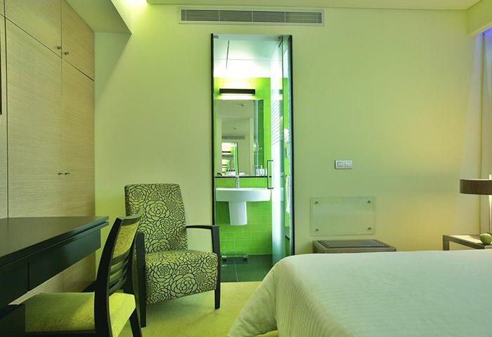 Find-Big-Hotel-Room-for-3-Adults-in-Lisbon-Gayborhood-SANA-Capitol-Hotel