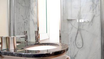 Find-Cheap-Gay-Hotel-Lisbon-Near-Trombeta-Bath-Gay-Sauna-Browns-Downtown-Hotel