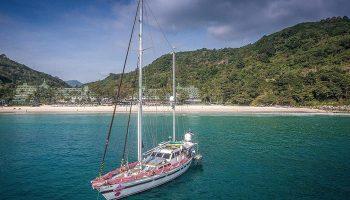 Find-Cheap-Luxury-Beachfront-Gay-Hotel-Phuket-Le-Meridien-Phuket-Beach-Resort
