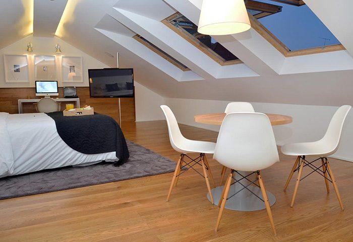 Find-Cheap-Price-Gay-Hotel-Lisbon-Higher-Floor-Near-Gay-Nightlife-Browns-Boutique-Hotel