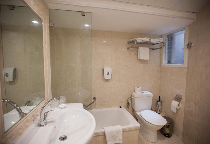 Find-Cheap-Price-Gay-Hotel-Tel-Aviv-in-Hilton-Beach-Gayborhood-Armon-Hayarkon-Hotel