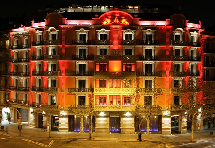 Find-Cheap-Price-Upscale-Gay-Hotel-Barcelona-in-Eixample-Hotel-Cram-Barcelona