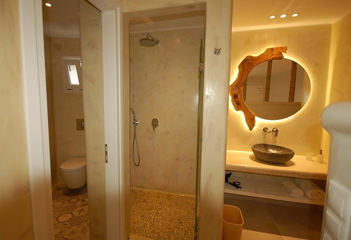 Find-Cheap-Self-Catering-Apartment-Near-Gay-Beaches-Mykonos-Sahas-Suites