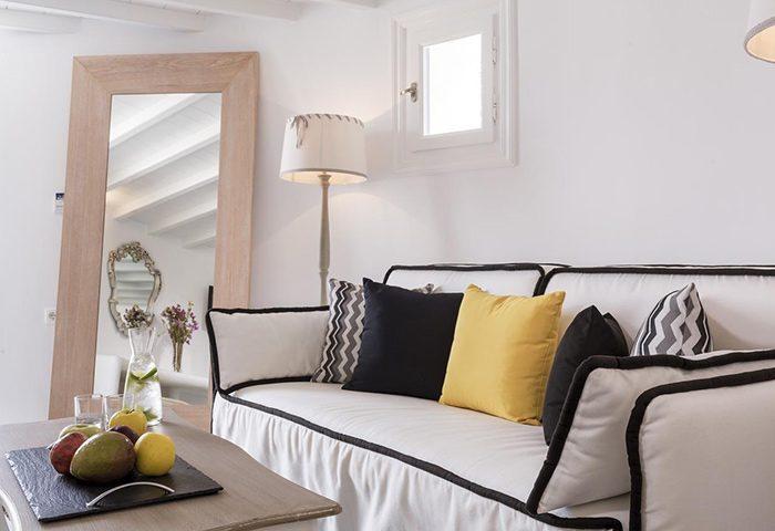 Find-Gay-Hotel-Room-for-4-People-in-Mykonos-Town-Gayborhood-Absolute-Mykonos-Suites-&-More