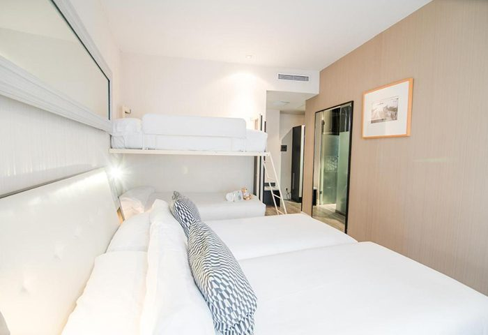 Find-Gay-Hotel-Room-for-5-Adults-in-Madrid-City-Center-Petit-Palace-Chueca-Gayborhood