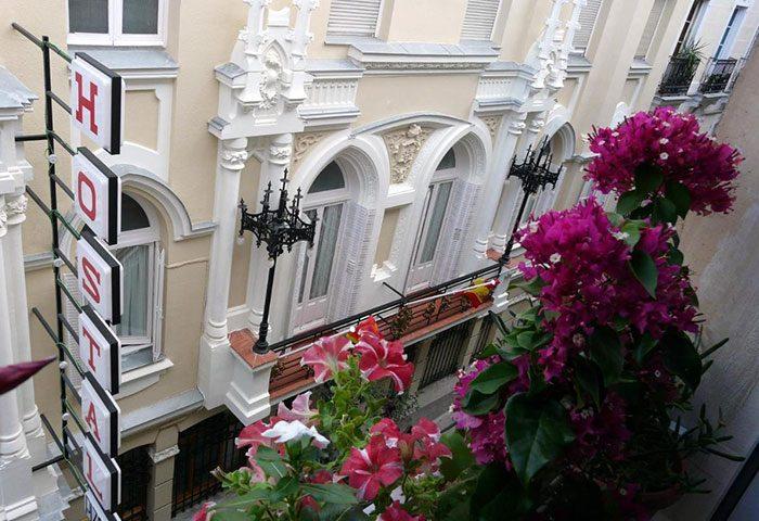 Find-List-Of-Cheap-Price-Gay-Hostel-in-Madrid-City-Center-Hostal-Pizarro