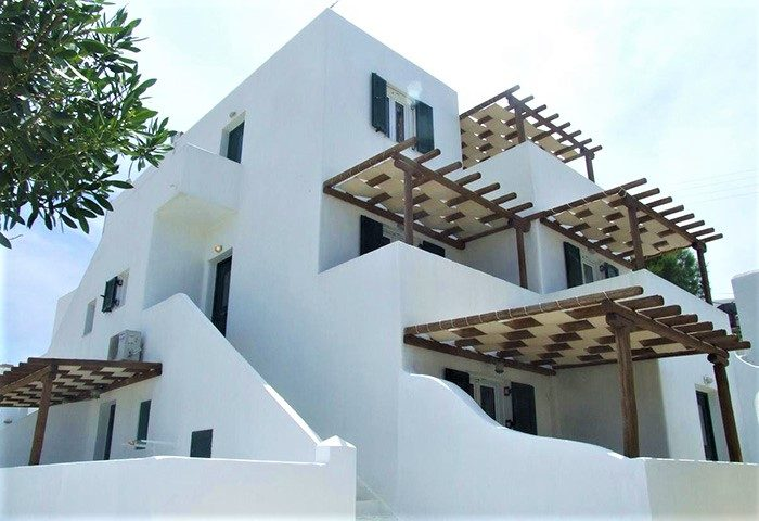 Find-Self-Catering-Apartment-Gay-Hotel-for-Six-People-Near-Mykonos-Town