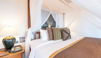 Find-cheap-gay-hotels-Beachfront-in-Koh-Samet-Now