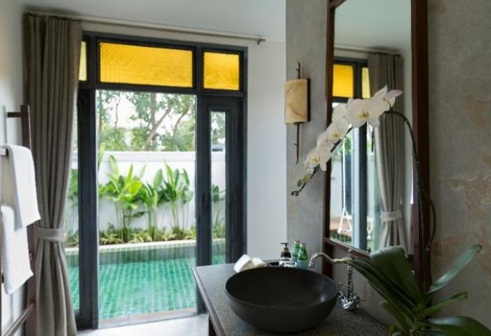 Gay-Friendly-Hotel-Anantara-Lawana-Koh-Samui-Resort-1