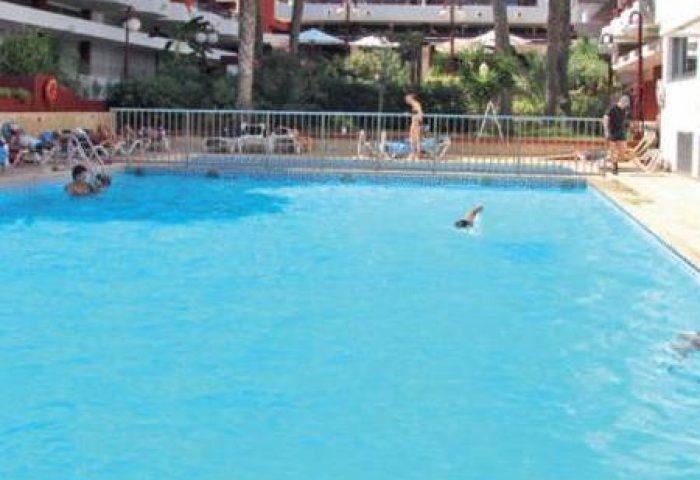 Gay Friendly Hotel Apartamentos Lido Spain