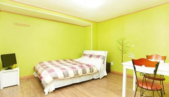 Gay Friendly Hotel CozyPlace Guesthouse in Itaewon