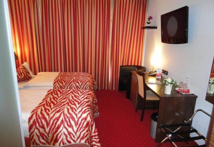 Gay Friendly Hotel Grand Hotel Dream Main City Center Germany