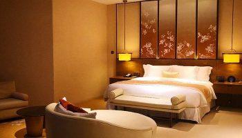 Gay Friendly Hotel HUALUXE Shanghai Twelve At Hengshan
