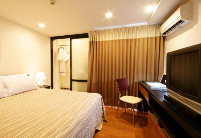 Gay-Friendly-Hotel-I-Residence-Hotel-Sathorn-3