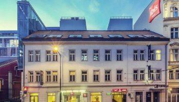 Gay Friendly Hotel Ibis Praha Old Town Hotel (Pet-friendly) Prague