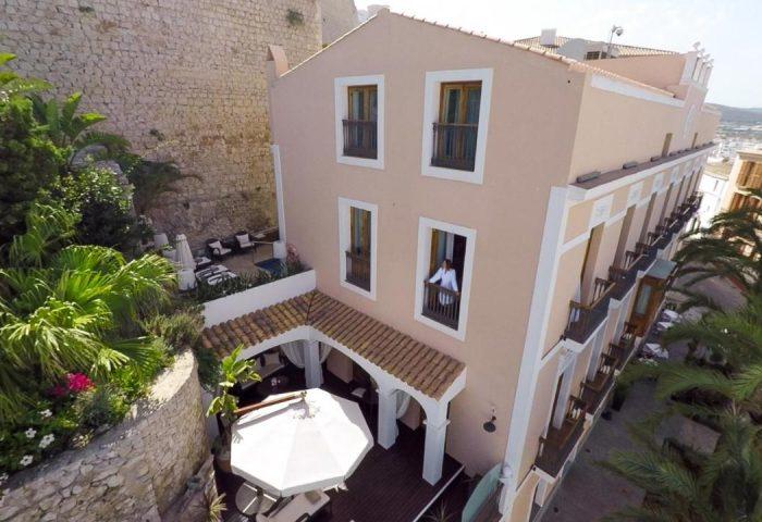 Gay Friendly Hotel Mirador de Dalt Vila-Relais & Chateaux Spain