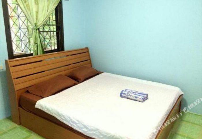 Gay-Friendly-Hotel-Pudsa-Bungalow-2