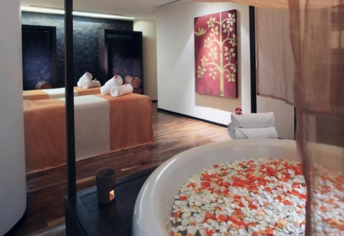 Gay-Friendly-Hotel-Pullman-Bangkok-Hotel-G-3