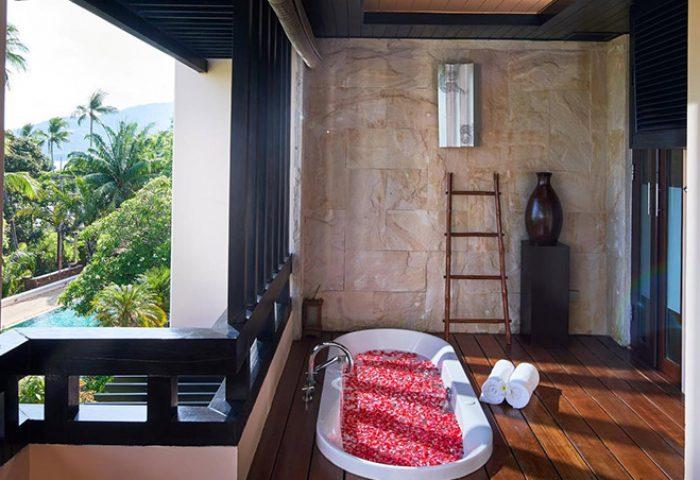 Gay-Friendly-Hotel-Renaissance-Koh-Samui-Resort-Spa-3
