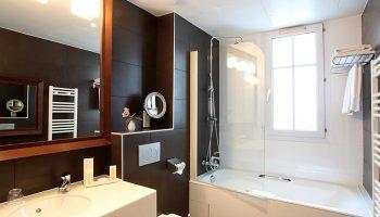 Gay-Popular-Hotel-in-Marais-Paris-gayborhood-Little-Palace-Hotel