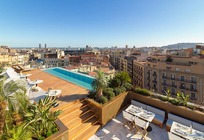 H10-The-One-Barcelona-Find-Most-Luxury-Gay-Hotel-with-Rooftop-Pool-in-City-Center-Eixample