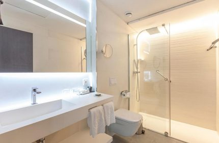Hotel-Liabeny-Madrid-Most-Booked-Gay-Hotel-near-Gay-Sauna-and-Gay-Bars