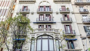 Hotel-Victoria-Palace-Best-Gay-Hotel-Barcelona-City-Center-Walk-to-Gaixample-area