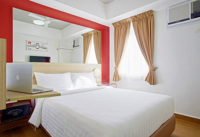 Instagram-Perfect-Central-Location-Gay-Hotel-Red-Planet-Manila-Makati