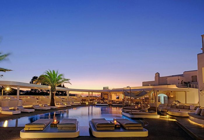 Latest-Update-Upscale-Hotels-With-Outdoor-Swimming-Pool