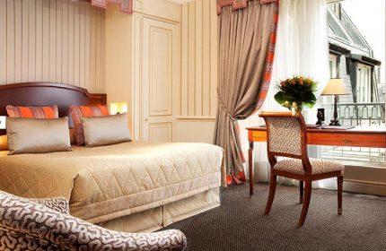 Luxury-Gay-Hotel-Inspirations-in-Paris-City-Center-Hotel-Napoleon