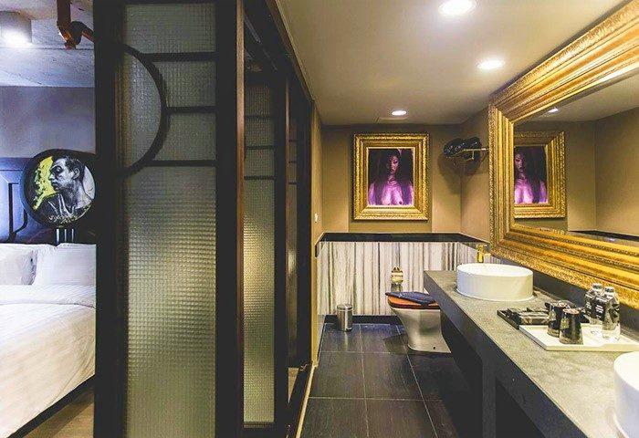 Modern-Big-Room-Gay-Luxury-Accommodation-Art-Mai-Gallery-Nimman-Hotel-Chiang-Mai