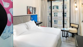 Most-Booked-Gay-Friendly-Hotel-in-Eixample-Barcelona-H10-Art-Gallery-Hotel