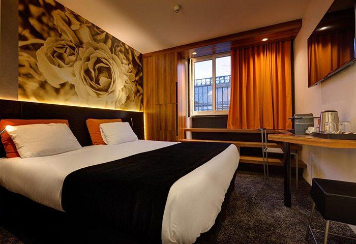 Most-Booked-Gay-Honeymoon-Hotel-Paris-Near-Gay-Nightlife-Hotel-Elixir