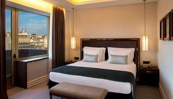 Most-Luxury-Gay-Hotel-in-Lisbon-Gayborhood-Tivoli-Avenida-Liberdade