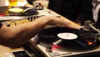 Most-Popular-Gay-Hostel-Paris-with-Bar-and-DJ-Les-Piaules
