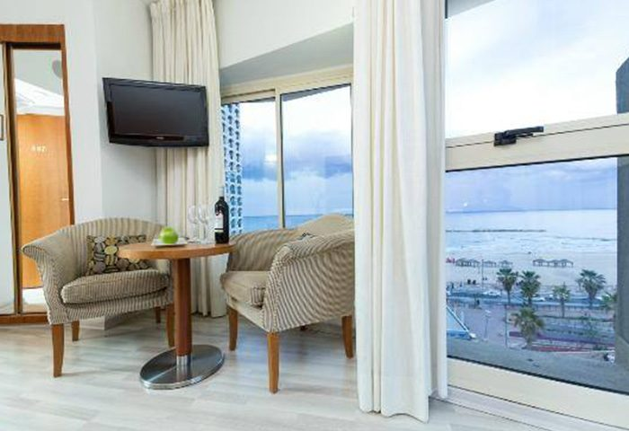 Most-Popular-Gay-Hotel-Tel-Aviv-by-the-Beach-Maxim-Design-Hotel-3-Star-Superior