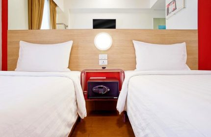 Most-Popular-Hotel-for-Gay-Couples-Red-Planet-Manila-Makati
