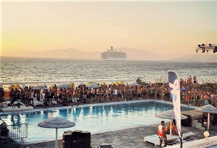 Mykonos-Bay-Resort-&-Villas-Beachfront-Hotel-Mykonos-Town-That-Hosts-Gay-Party