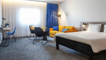 Perfect-City-Center-Gay-Hotels-Prague-for-Gay-Couples-Ibis-Praha-Old-Town