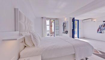 Perfect-Gay-Honeymoon-Hotel-Mykonos-for-Party-Couples-Elysium-Hotel