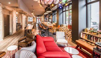 Perfect-Hostel-for-Solo-Gay-Travelers-in-Paris-gayborhood-Les-Piaules